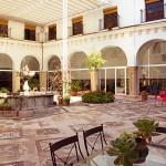Residencia San Juan de Dios - Patio central