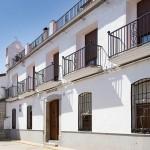 Centro de mayores La Magdalena - fachada